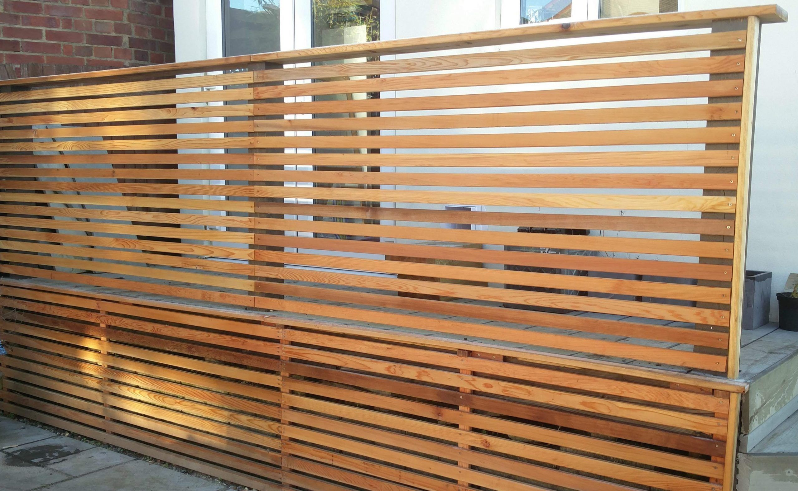 Canadian Western Red Cedar Slatted Fencing