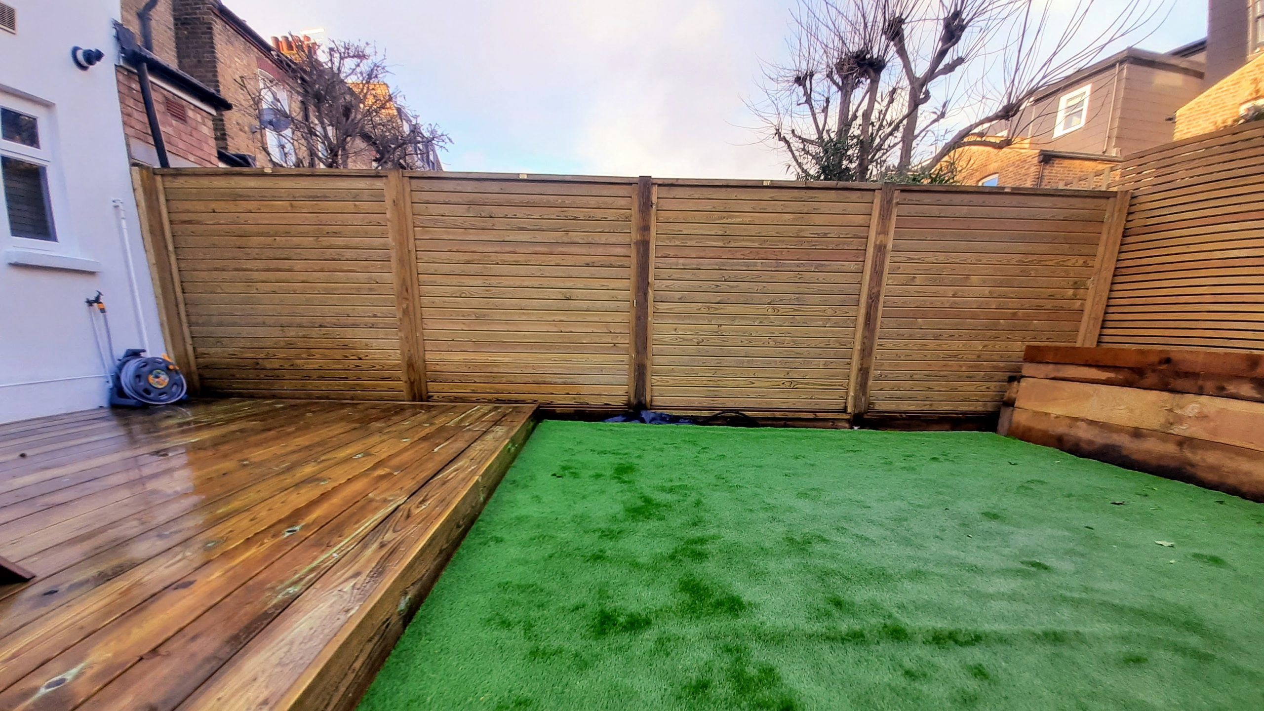 Jacksons Fencing Horizontal Tongue and Groove Fencing