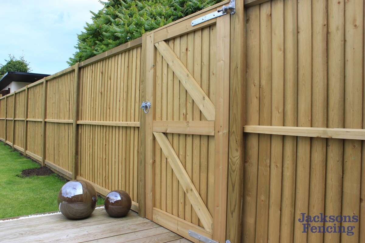 Jacksons Fencing Flat Top Featherboard Fence Panels